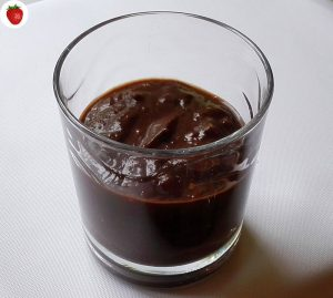 raw-vegan-chocolate-sauce