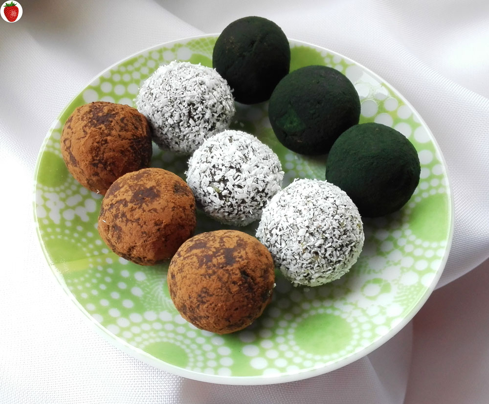Spirulina And Coconut Chocolate Truffles