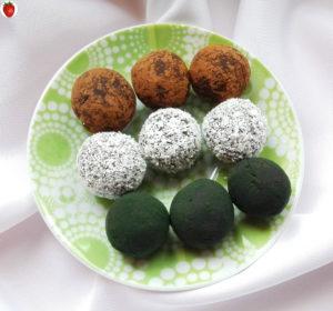 Spirulina and coconut chocolate truffles