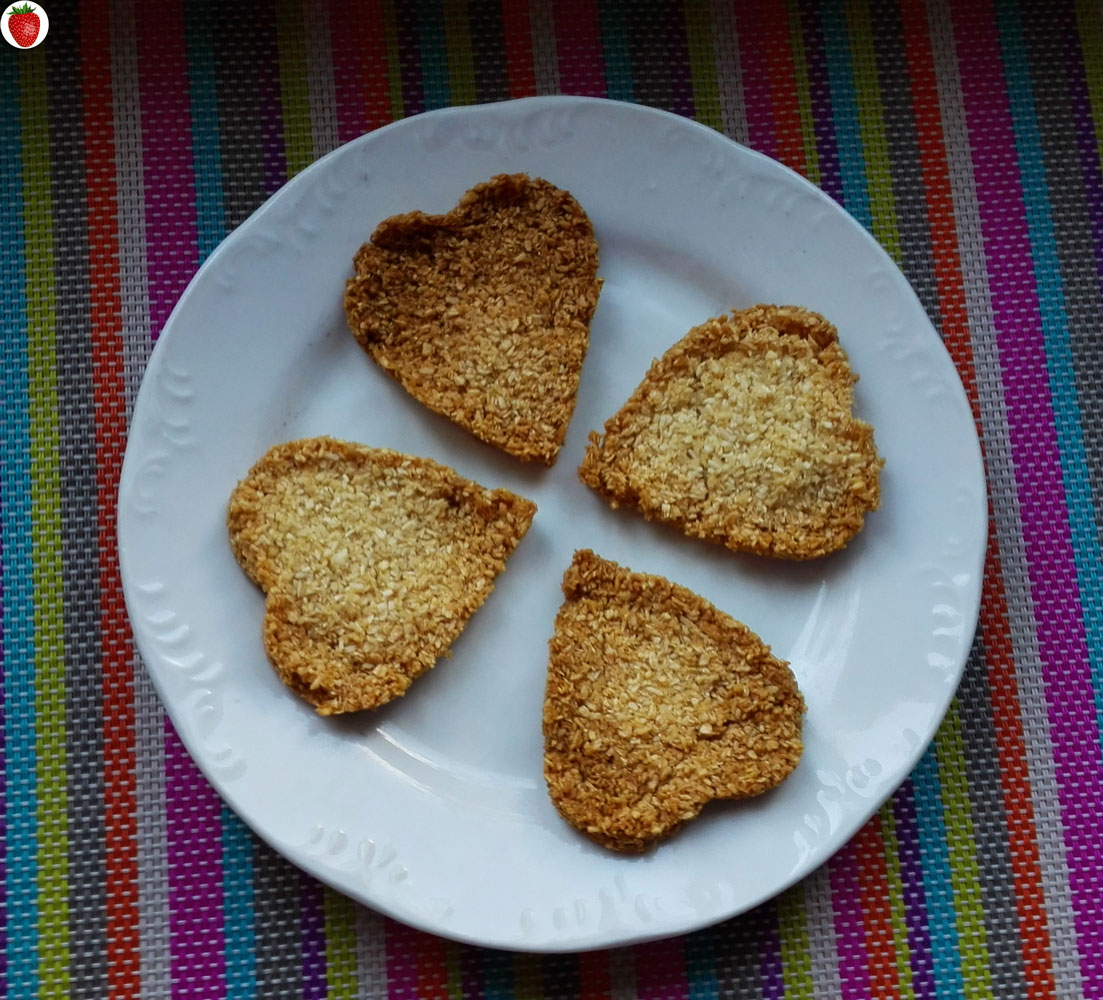 2-Ingredient Vegan Crispy Coconut Cookies