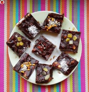 The Most Delicious Vegan Chocolate Fudge Bar