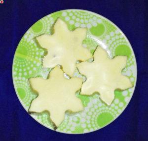 Vegan White Chocolate Snowflakes