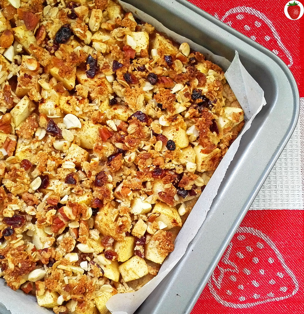 Delicious Vegan Apple Crumble Bars